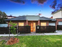 13B Friendship Square, Cheltenham, Vic 3192