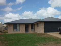 8 Poinciana Place, Gracemere, Qld 4702