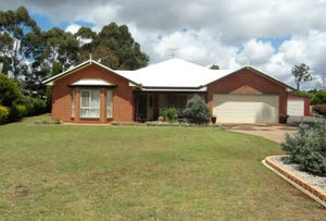 9 Andersson Court, Highfields, Qld 4352