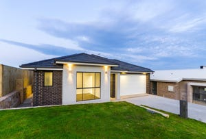 10 Fricker Place, Casey, ACT 2913