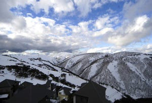 SCHNAPPS 6/8A Hot Plate Drive, Mount Hotham, Vic 3741