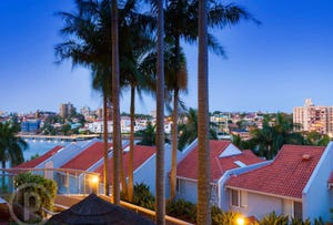 12/30 O'Connell Street, Kangaroo Point, Qld 4169