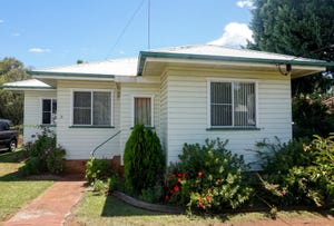 31 Joyce Street, South Toowoomba, Qld 4350
