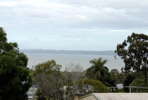 18 Curlew Terrace, River Heads, Qld 4655