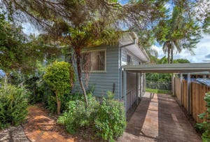 15 Dunkley Street, South Toowoomba, Qld 4350