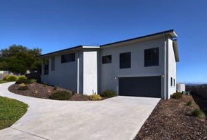 4 Patsy Court, Coles Bay, Tas 7215