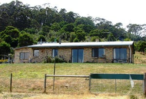760 Roaring Beach Road, Nubeena, Tas 7184