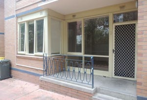 3/12 Robe Street, St Kilda, Vic 3182