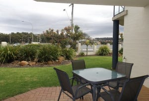 2/62 Fishpen Road, Merimbula, NSW 2548
