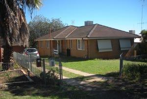 12 Park St, Parkes, NSW 2870