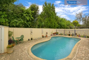3 Cook Parade, St Clair, NSW 2759
