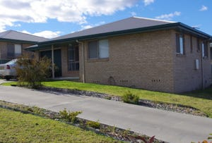 22a Brownleigh Vale Drive, Inverell, NSW 2360