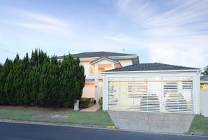 22 Kestrel Drive, Burleigh Waters, Qld 4220