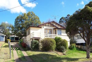 24 Christmas Street, North Toowoomba, Qld 4350