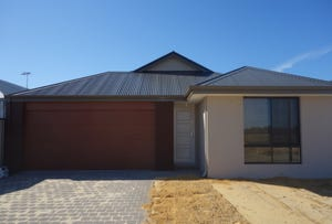 8 St Pierre Turn, Piara Waters, WA 6112