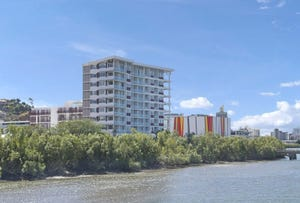 77/2-4 Kingsway Place, Townsville City, Qld 4810