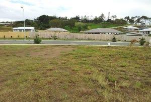 62 Dawson Boulevard 748m2, Rural View, Qld 4740