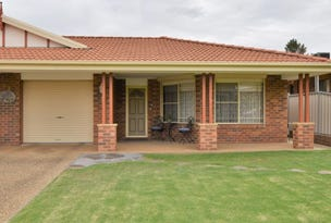 1/32 Pinewiew Circuit, Young, NSW 2594