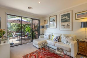 1 Rowe Place, Phillip, ACT 2606
