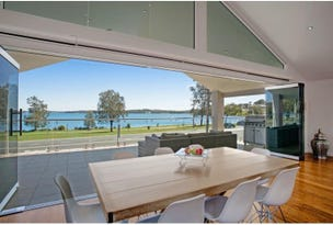 410 The Esplanade, Warners Bay, NSW 2282