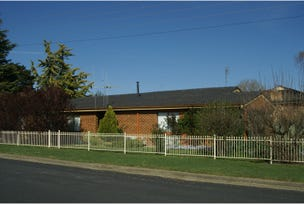 22 Charles Street, Blayney, NSW 2799