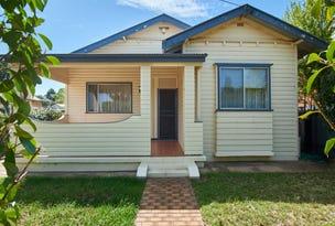 11 Bimbeen Street, Turvey Park, NSW 2650
