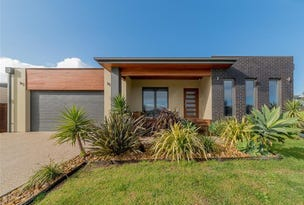 39  Seagrove, Cowes, Vic 3922