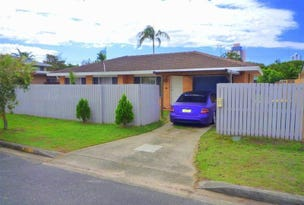 32 Boongala Road, Broadbeach Waters, Qld 4218