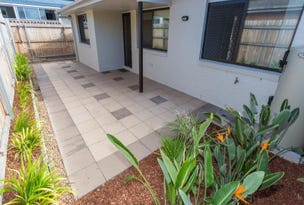 2/64 Scarborough Rd, Redcliffe, Qld 4020