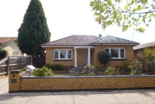 72 Lloyd Street, Strathmore, Vic 3041