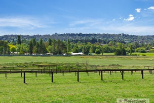 22-30 Tombs Road, Armidale, NSW 2350