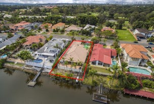94 Santa Cruz Blvd, Clear Island Waters, Qld 4226