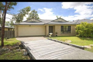 32 Carisbrook Circuit, Forest Lake, Qld 4078