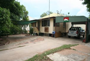 2 Pill Street, Emerald, Qld 4720
