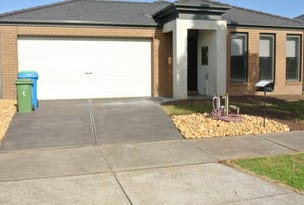 18 Maddock Drive, Cranbourne, Vic 3977
