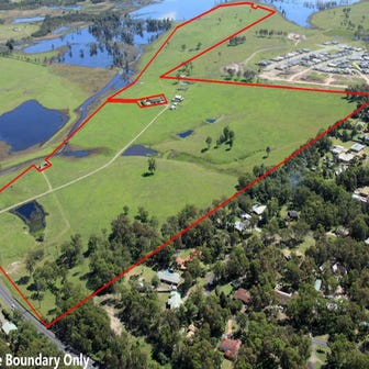 327 Raymond Terrace Road, Thornton, NSW 2322