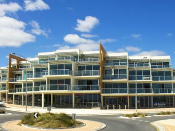 50 Esplanade (Beach Point Apartments), Christies Beach, SA 5165
