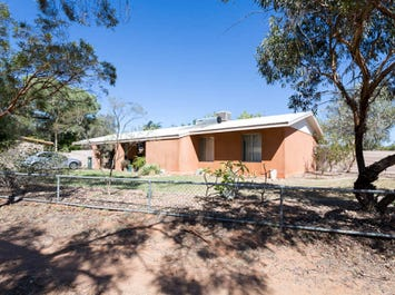 35 Grevillea Drive, Alice Springs, NT 0870