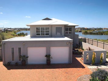8 Queen Court, Hindmarsh Island, SA 5214
