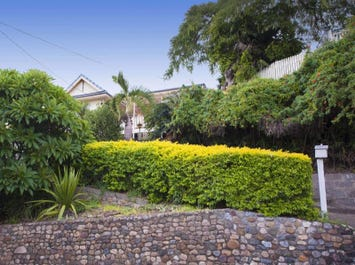 69 Willmington Street, Newmarket, Qld 4051