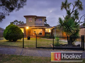 10 Highton Close, Hampton Park, Vic 3976