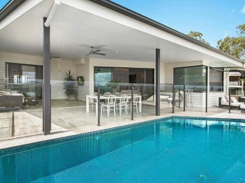 21 Pacific Heights Court, Coolum Beach, Qld 4573