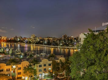 13/19-23 O'Connell Street, Kangaroo Point, Qld 4169