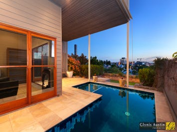 56 Mountjoy Street, Brisbane City, Qld 4000