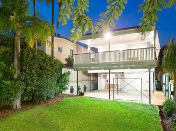 145 Arthur Terrace, Red Hill, Qld 4059