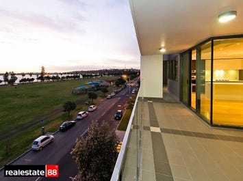 13/90 Terrace  Road, East Perth, WA 6004