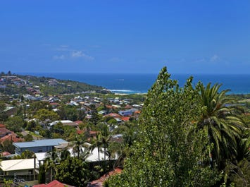 172 Headland Road, North Curl Curl, NSW 2099