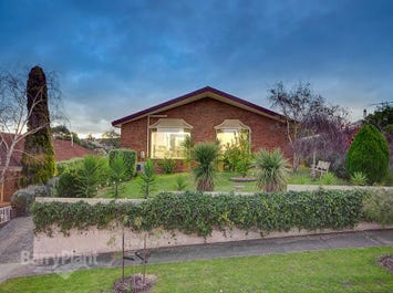 18 Remony Avenue, Highton, Vic 3216