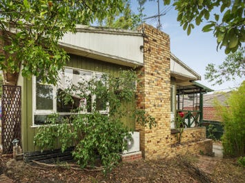 1/8 Glenview Road, Doncaster East, Vic 3109
