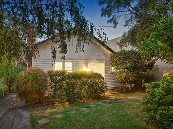 27 Rotherwood Road, Ivanhoe East, Vic 3079